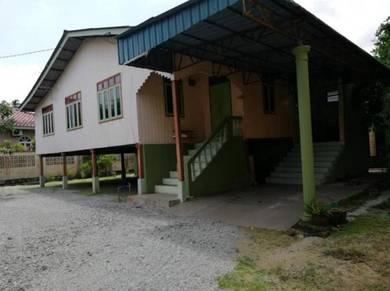 Rumah Sewa Kampung Seberang Baroh