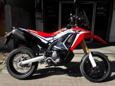 Honda CRF L / M / Rally Wheel kit