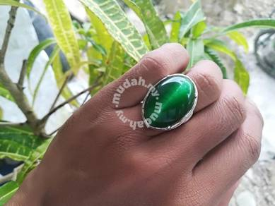 Cincin cat eye hijau