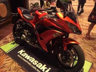 Kawasaki Ninja 650 ABS 17 Free Gift Items