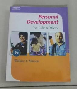 Buku Terpakai : Personal Development For Life & Wo