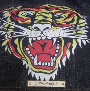 Ed Hardy Leo Tiger Cross Body Bag Black