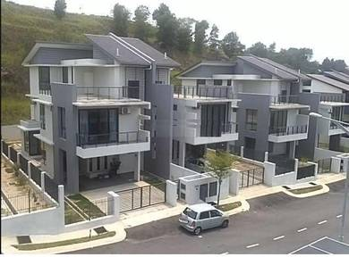 Nice Triple Storey Semi D Saffron Puteri Heights, Bandar Country Homes
