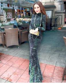 Green sequin dress evening dinner party prom