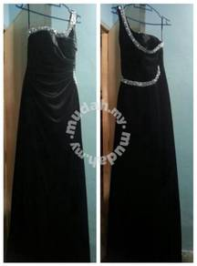 Maxi Black Evening Gown