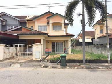 Bandar Puteri Jaya (FACING EMPTY LAND)