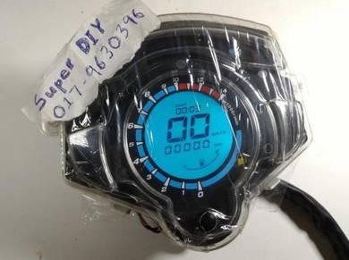 Yamaha lc 135 LCD digital meter speedometer rpm