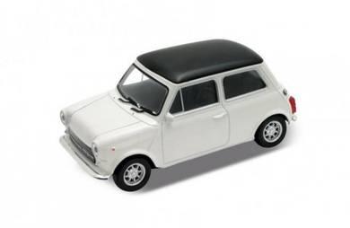 Kereta hiasan Mini Cooper 1300 putih (hitam top)