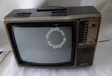 Vintage Sanyo tv 1975