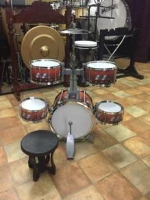 Drum Set 5 pcs : Maroon