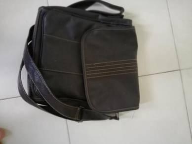 Beg Kulit untuk dijual. beg masih cantik