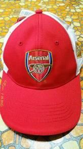 Cap bolasepak Arsenal