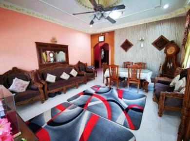 Single Storey Semi-D House Corner Lot for Sale at Taman Delima, Kluang