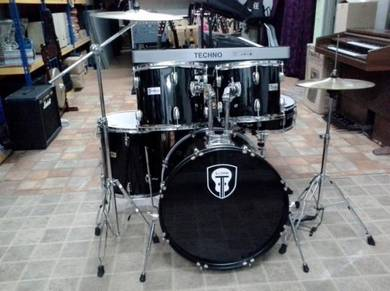 Drumset with 3 pcs Cymbal (Black)