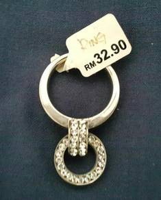 Ladies female woman Ring jewelry jewellery