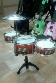 Drum Kid ( Maroon)