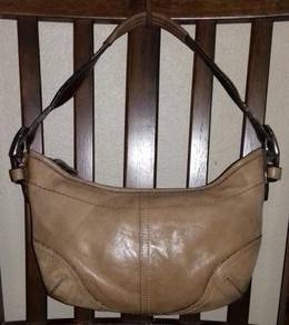 Shoulder Bag Leather Coach Soho
