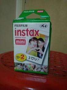 Fuji film~instax color film