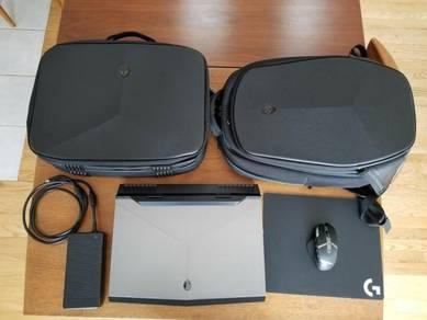 Alienware 17 R4 i7-7820HK GTX1080 32GB Ram