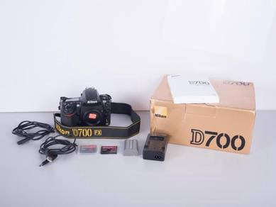 NIKON D700 FULL FRAME DSLR - NEW Shutter Mechanism