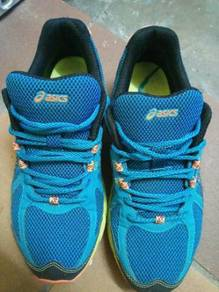 Asic sport shoes