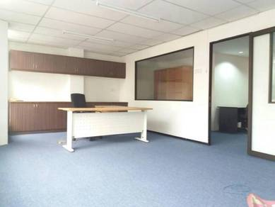 Bandar Puteri Puchong office, Parlty Furnished, Walking distance LRT