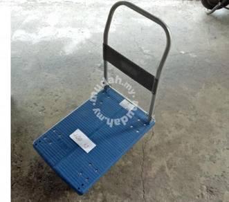 Plastic trolley / kereta sorong