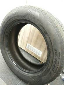 215 60 R17 Tyre for sale