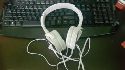 Earphone sony