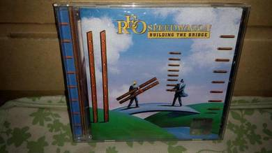 CD Reo Speedwagon - Building The Bridge
