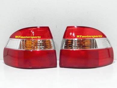 Toyota Corolla AE111 AE110 Tail Lamp Light 98_00