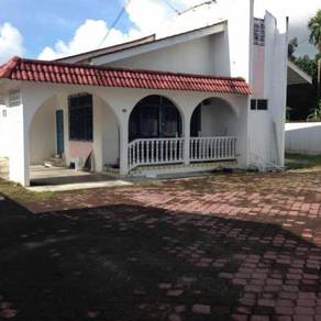 Freehold bungalow for sale