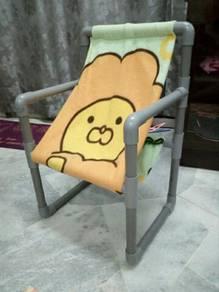 Kerusi kanak2