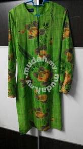 Baju kurung hijau