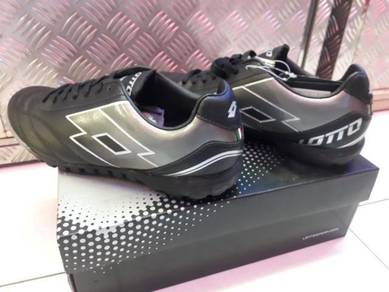 Lotto Turf Shoes