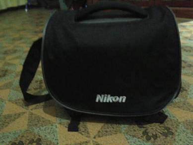 Nikon DSLR sling bag