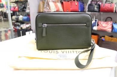 Louis Vuitton Epi Hoche Clutch Bag Kaki Leather