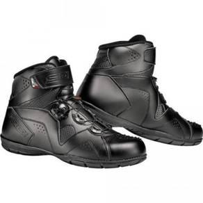 Sidi black riding boots shoes