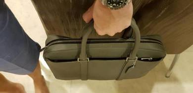 Coach Men Briefcase (Full Crossgrain Leather)