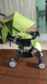Baby stroller good condition like new.