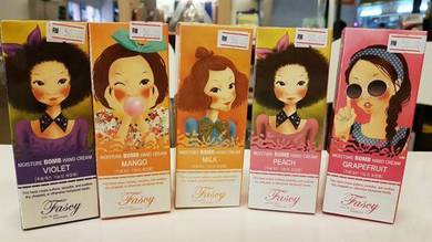 Moisture Bomb Hand Cream -Made in Korea