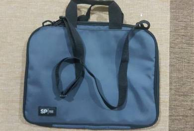 Grey laptop bag.