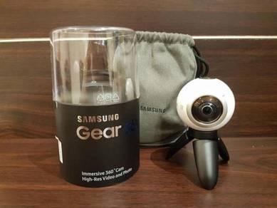 Samsung Gear 360 VR Cam