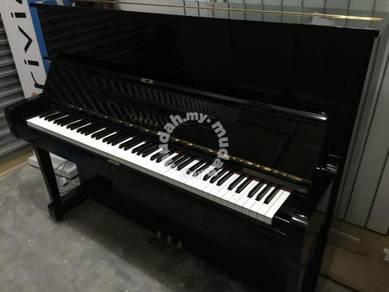 Yamaha upright piano u1g