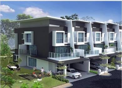 New serdang 22x80 2 sty house [SPACIOUS built up of 3,188 sqft]