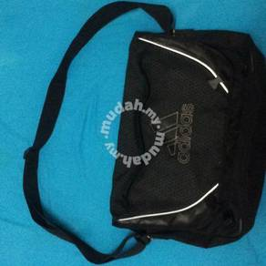 Adidas Preloved Sling Bag