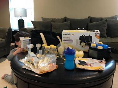 Medela Freestyle Double Electric Breastpump Set Br