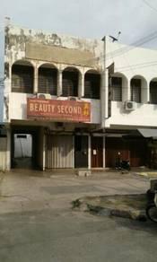 Location :Lorong lpoh,Penang. (near Jelutong marke