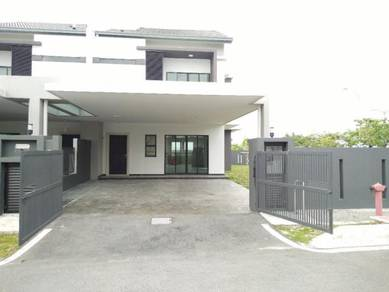 2sty Corner Lot Delfina Treeo Nilai Impian New & Vacant unit