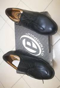 Olympisspolo casual shoe size7